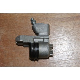 Rear wheel cylinder - each